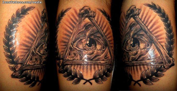 Tatuaje hecho por Ademar Oeste de El Salvador. Si quieres ponerte en contacto con él para un tatuaje/diseño o ver más trabajos suyos visita su perfil: https://www.zonatattoos.com/oeste  Si quieres ver más tatuajes con símbolos Illuminati visita este otro enlace: https://www.zonatattoos.com/tag/2026/tatuajes-sobre-illuminati  Más sobre la foto: https://www.zonatattoos.com/tatuaje.php?tatuaje=110659
