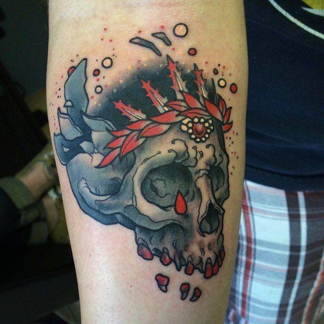 1000 id es sur le th me tatouage de skull candy sur - Tatouage tete de mort avant bras ...