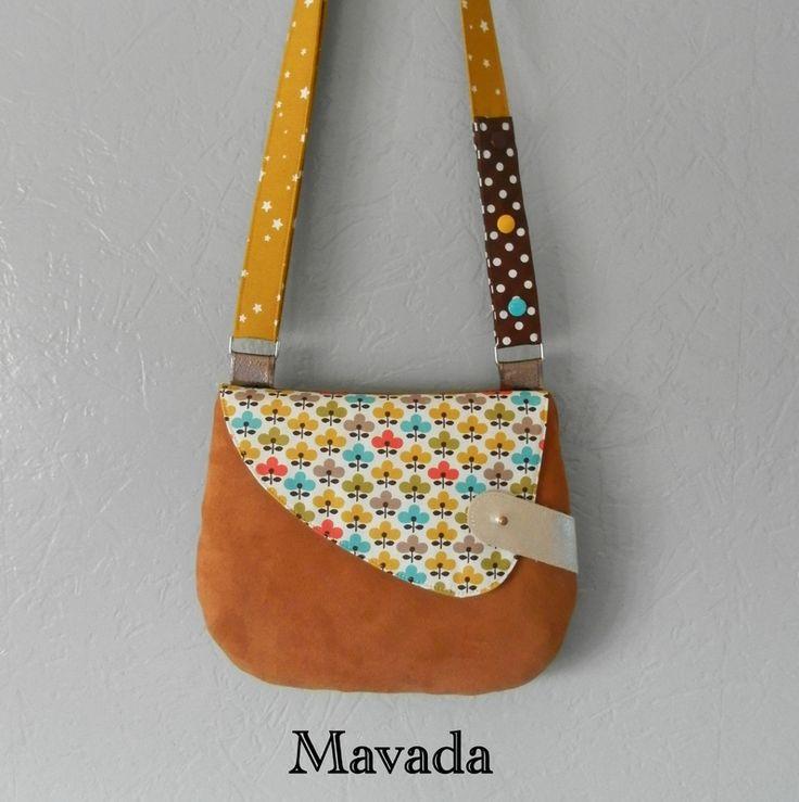 Superbe sac! J'adore l'attache en diagonale, très bonne idée de Mavada