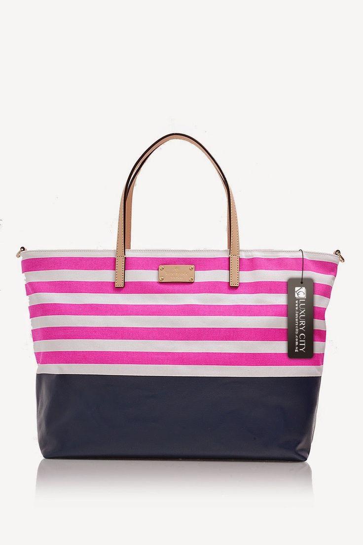 Tas Kate Spade Sanderson Cameron Avenue-pink  Deskripsi Bahan: Canvas dengan Kulit Potong Penutupan: Zip Top Penutupan Hardware: Tone Emas ...