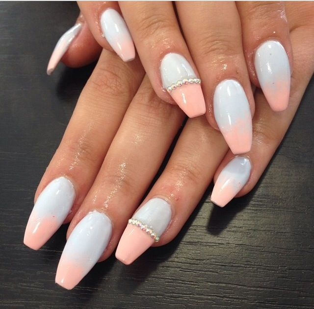 white to pink gradient nails - Best 25+ Two Toned Nails Ideas On Pinterest Two Tone Nails