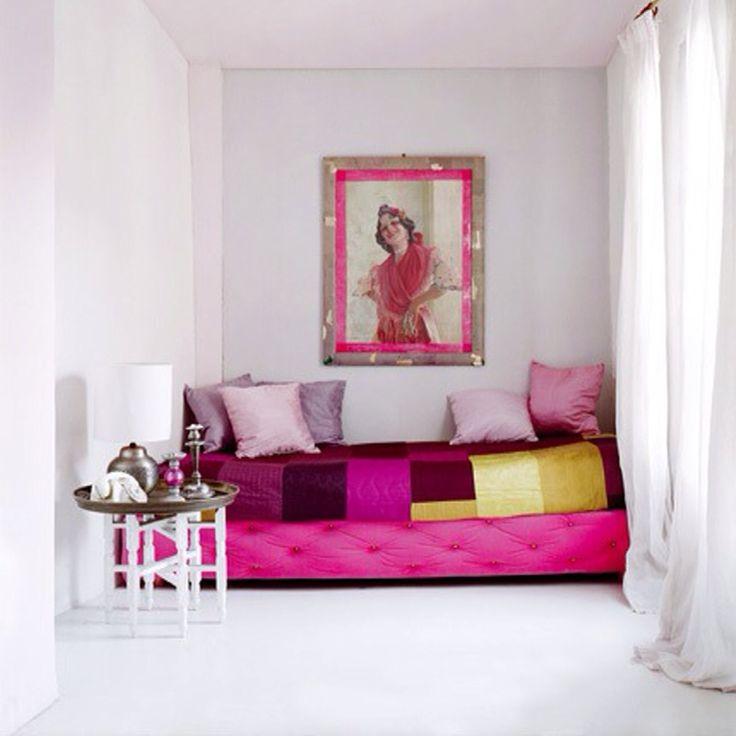 Magenta Yellow Decor   Feng Shui Interior Design   The Tao of Dana. 17 best ideas about Magenta Bedrooms on Pinterest   Long narrow