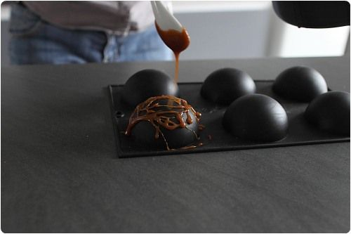 Maîtriser le caramel : cuisson et décorations.