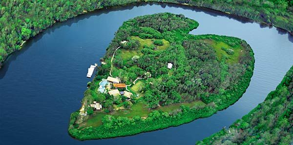 """Richard Branson's Makepeace Island was featured in Los Angeles Times' """"Bizarre and Unusual Destinations Around the World"""""""
