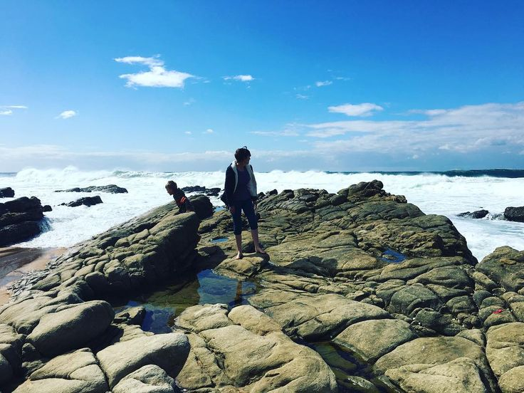 Throwback to our planning session in Umhloti on one of our breaks. Need to do more of these . . .  #throwbackthursday #beachbreak #networkexplosion #umhlotibeach #greenbeetlebranding #blueskies #seascape #socialmedia #rocks #brandingstrategy
