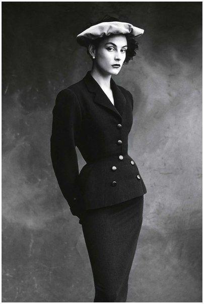 Колетт - лучшая модель модного дома Balenciaga, 1950 г. Фото:...