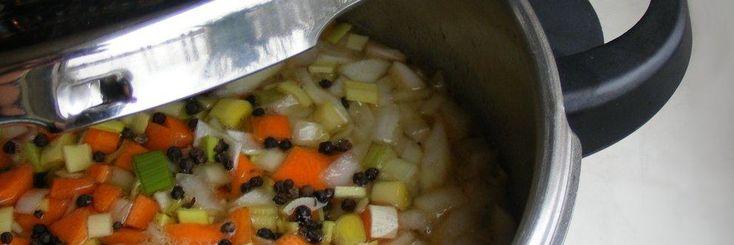 Cantidad de agua para la cocción de alimentos en olla rápida