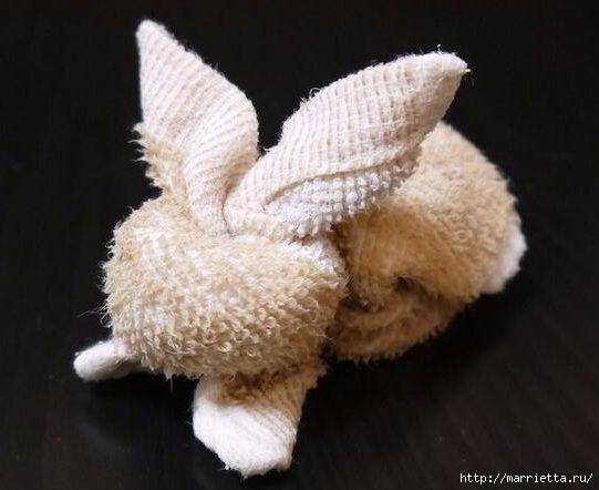 Пасхальный кролик из полотенца. Мастер-класс (2) (541x442, 106Kb)