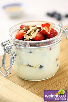 Yoghurt Berry Oat Trifle. #HealthyRecipes #DietRecipes #WeightLossRecipes weightloss.com.au