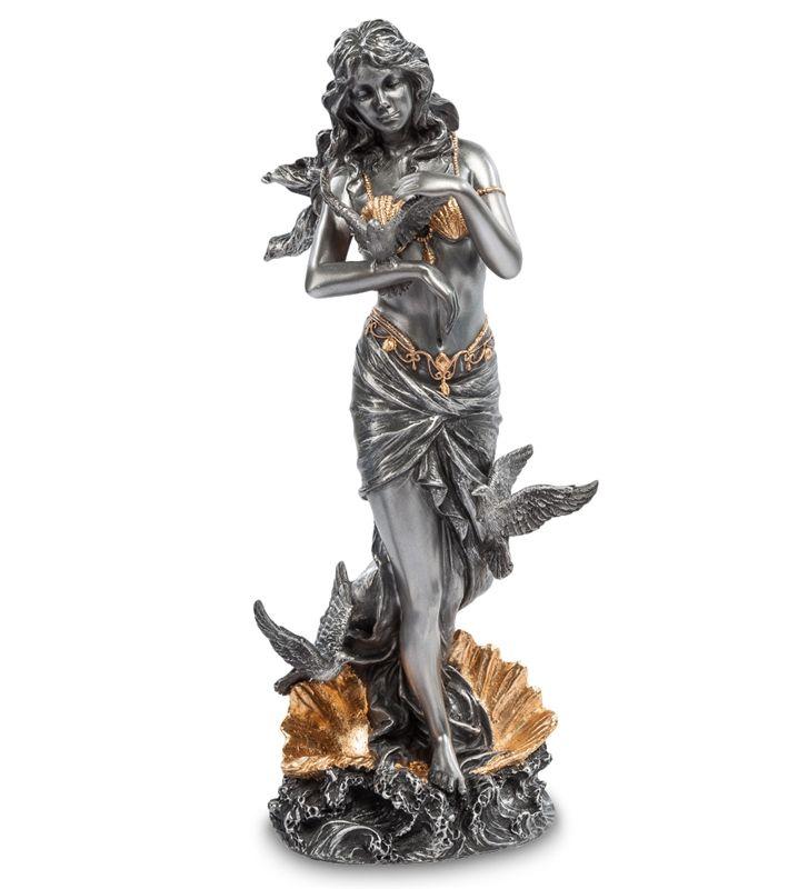 """Статуэтка """"Афродита - Богиня любви"""" WS-77   Бренд: Veronese (Китай, о. Тайвань);      Страна производства: Китай;   Материал: полистоун;   Длина: 11 см;   Ширина: 9 см;   Высота: 28 см;   Вес: 0,75 кг;"""