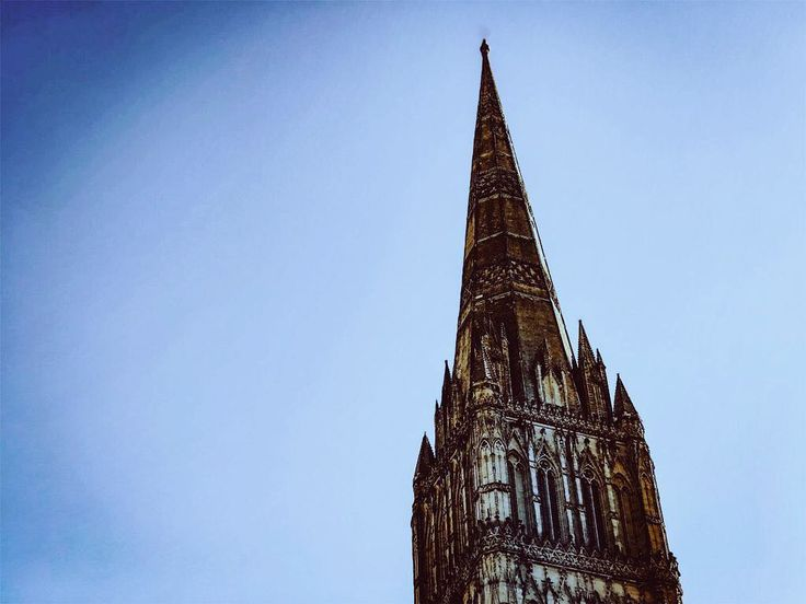 Just the tip. #England #englandtrip #trip #travel #traveller #britain #europe #gothic #cathedral #architecturedaily #architectureporn #architecturelovers #architecturephotography #sky #travelgram #travelers #travelpic #salisbury #church #sightseeing #drama #dramatic #archi #architecture #uk #westcountry #englandismine #history #historylover #scenic