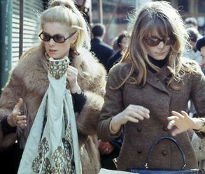 stylish sisters Catherine Deneuve and Françoise Dorléac
