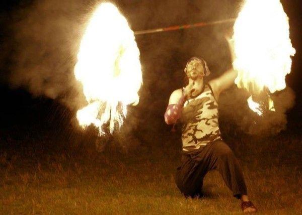 Shade Burnoff Militia #fireshow #fireperformance #firearts #firetwirling #firespinning #firedancing #fireeating #firebreathing #fire #circus #twirl #spin #dance #pyro #Sydneyfiretwirlers #firetwirlers #firespinners #firedancers #fireeaters #firebreathers