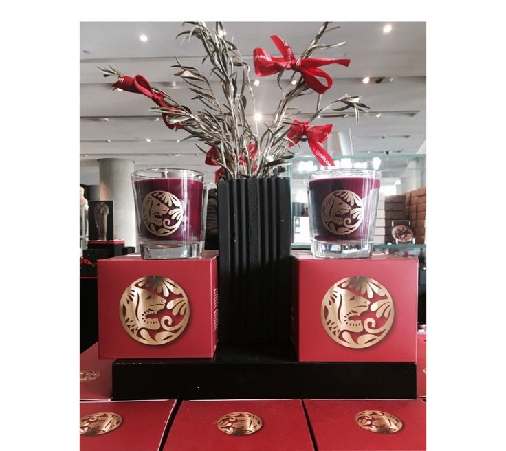 #newin #scentedcandles #candles #figscent #fig #acropolismuseum #acropolismuseumshop #museumshop #mywork #homedecor #greekdesign #greekdesigners #madeingreece #wakscandles #waks #candlelove #candlelight #greekmuseums #museums #museumlife #museumgiftshop #museumgifts #gifts #lovemyjob #prepack #prepackart #instagreece