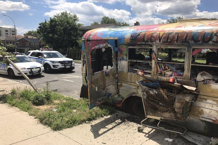 "Jewish school bus torched in Brooklyn Sitemize ""Jewish school bus torched in Brooklyn"" konusu eklenmiştir. Detaylar için ziyaret ediniz. http://www.xjs.us/jewish-school-bus-torched-in-brooklyn.html"