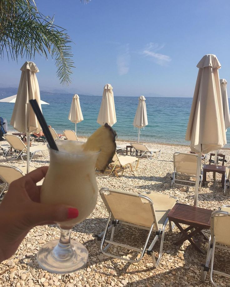 Wishing it was sunny and I was back on the beach with friends and a pina colada...καλό χειμώνα..! #barbati #Kerkyra #Corfu #summer #islandlife #SoPaleAgain