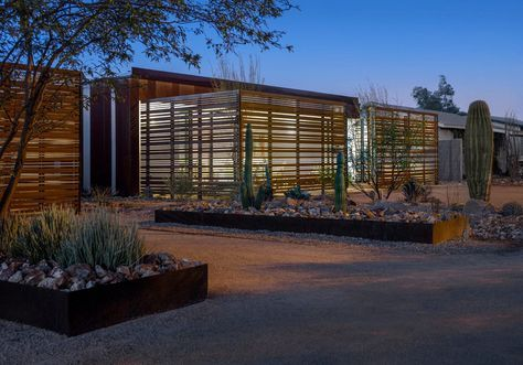 Arizona's Most Energy Efficient Home? Vali homes in Phoenix Arizona has recently completed the Loma Linda 2 project. Specifically for the Arizona climate.