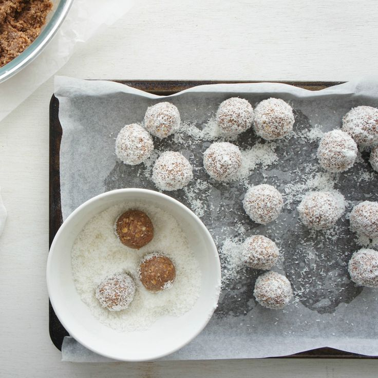 "#RecipeoftheDay: Rum Balls by Mrs Tempest - ""Extremely easy! Even I could do it!"" - lukenews"