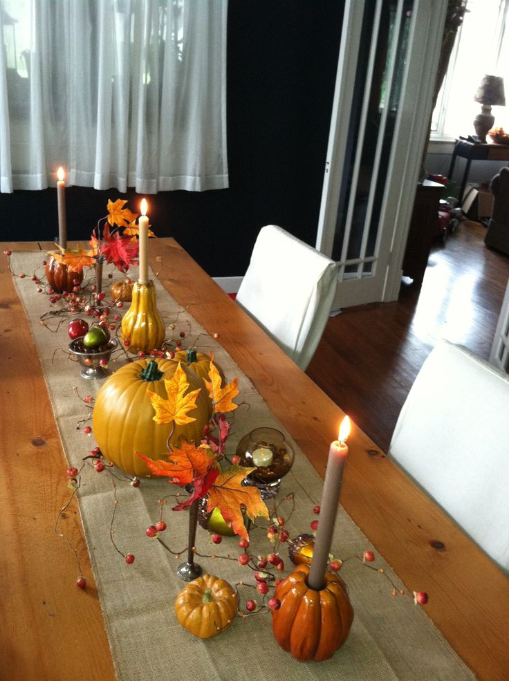 Fall table with burlap runner