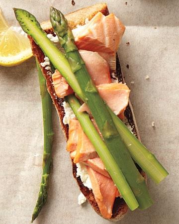 poached salmon & asparagus x