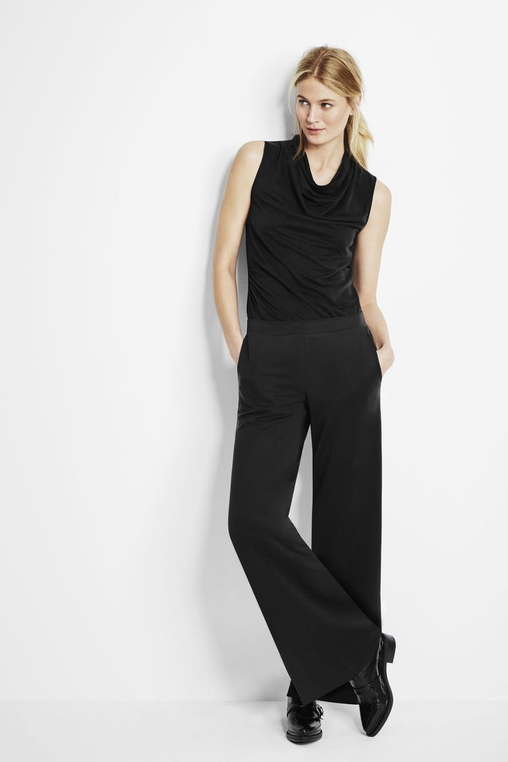 Designed with superior-quality fabric, the wide leg shape is ideal for comfort and movement. Pair these pants with a blazer and a sleeveless top for a chic look.