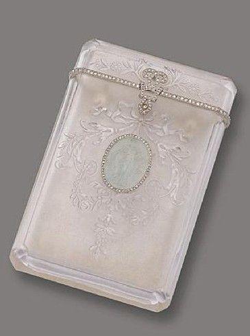 ROCK CRYSTAL, AQUAMARINE CAMEO AND DIAMOND CA RD CASE, JANESICH, PARIS, CIRCA 1910