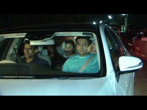 Kapil Sharma at Amitabh Bachchan & Deepika Padukone's PIKU movie's screening.