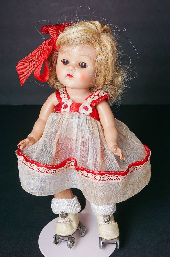 CLEARANCE SALE Vintage Vogue Ginny Doll Painted Lash Strung Great Outfit #Vogue