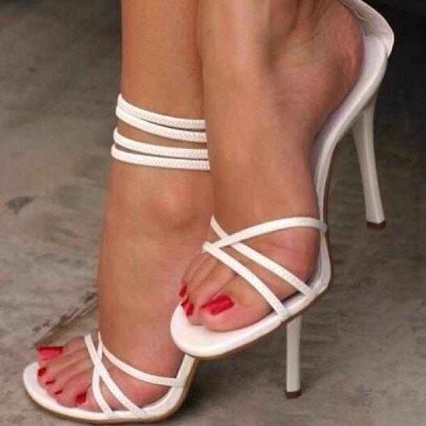 Yasmine Sabry S Feet Wikifeet Heels High Heels Trendy Shoes