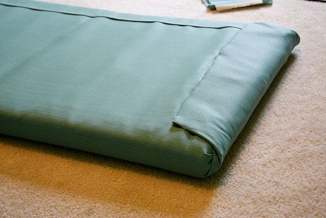 how to make a seat cushion without sewing