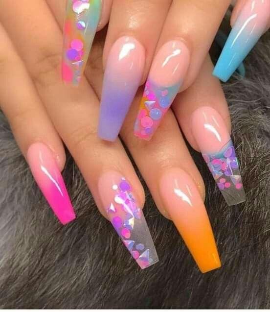 Pin en Diseños de uñas