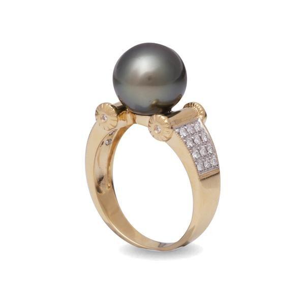Tahitian Pearl Jewellery - 18K Yellow Gold Tahitian Cultured Black Pearl and Diamond Ring