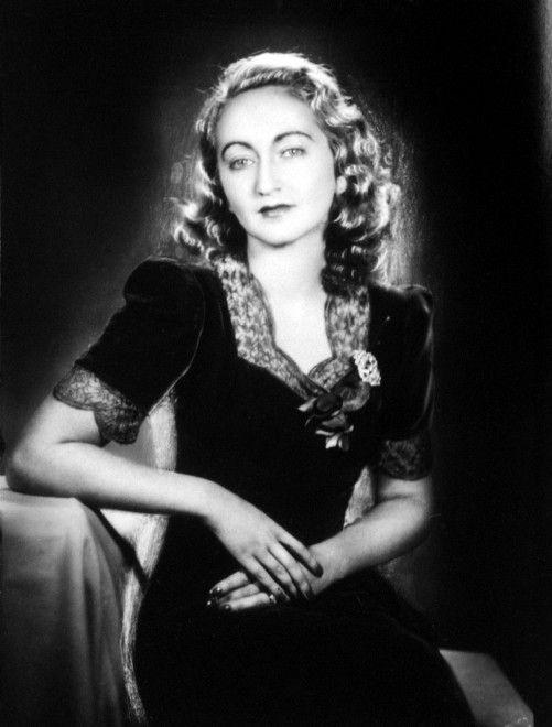 Donne del Novecento italiano:    Alba de Céspedes
