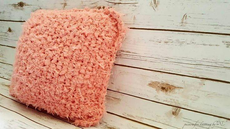 Fluffy knitted handmade pillow by DLThandmade  www.facebook.com/DLThandmade/  #DLThandmade #passionforknitting #hoookedzpagetti #hoooked #homedecorpillows