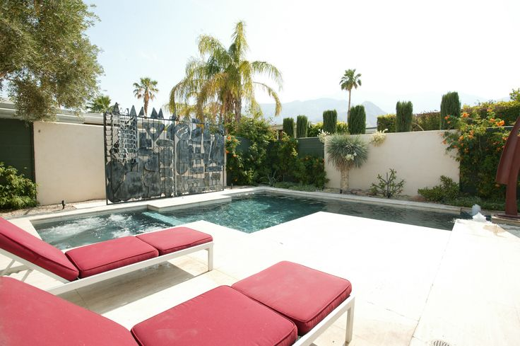 421 Racquet Club Dr Palm Springs CA $675,000 3 bed 2.5 bath