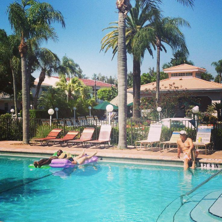 poolside tropical beach resorts on siesta key fl our. Black Bedroom Furniture Sets. Home Design Ideas