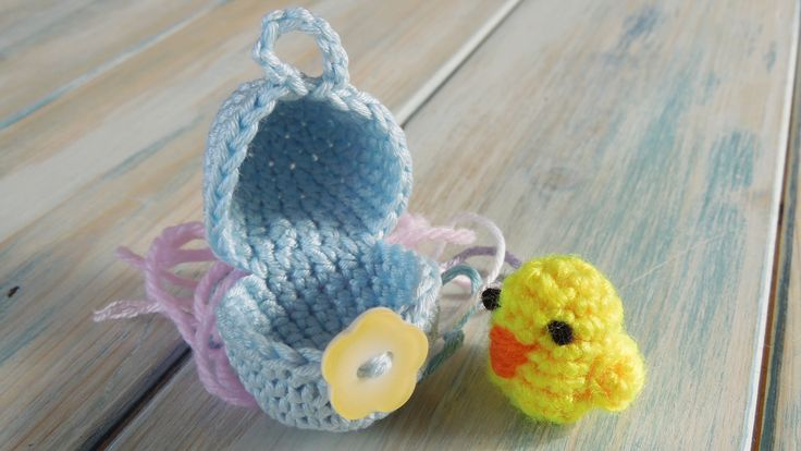 (crochet - part 1 of 2) How To Crochet a Mini Chick & Egg - Yarn Scrap F...