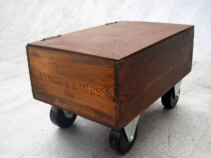 Crate on wheels with hinged top organize it pinterest for Wine crate furniture