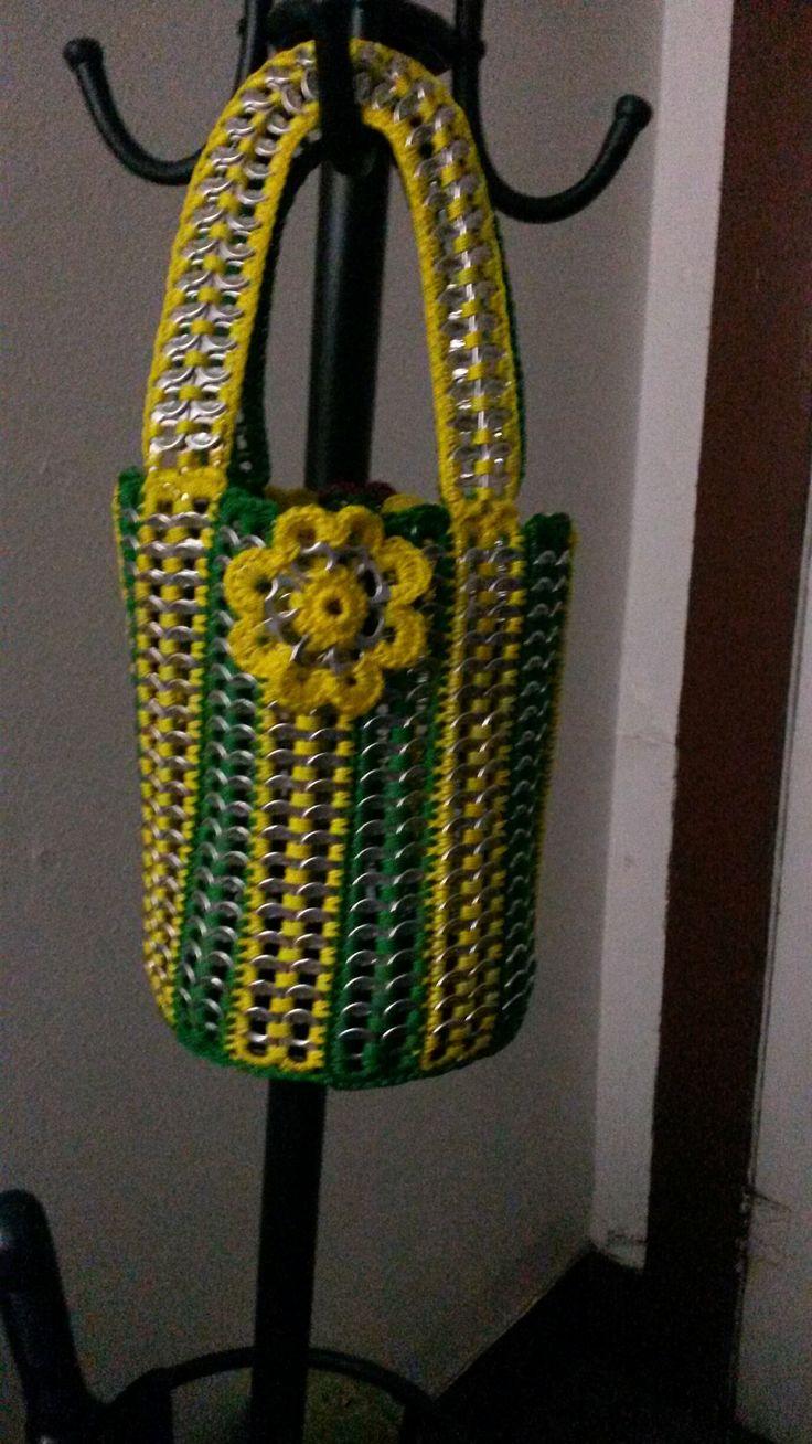 coleccion mena, bolsa hecha con material reciclado
