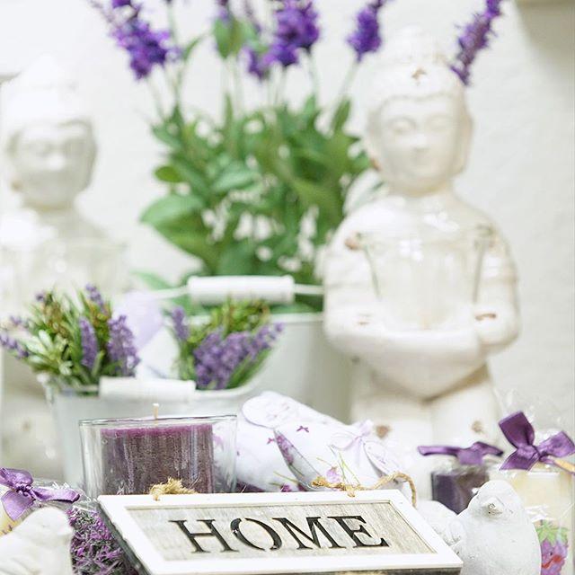 Nach den Urlaubstagen wieder da wo es am schönsten ist: #Lavendel ❤️ #homesign