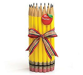 "Teachers Valentine Gift Ideas Unique Pencil Shape Teachers Vase With Apple Great Gift for Teacher Perfect size for the desk but still big enough so it doesn't look like a ""dollar store purchase"" http://awsomegadgetsandtoysforgirlsandboys.com/teachers-valentine-gift-ideas/ Teachers Valentine Gift Ideas"