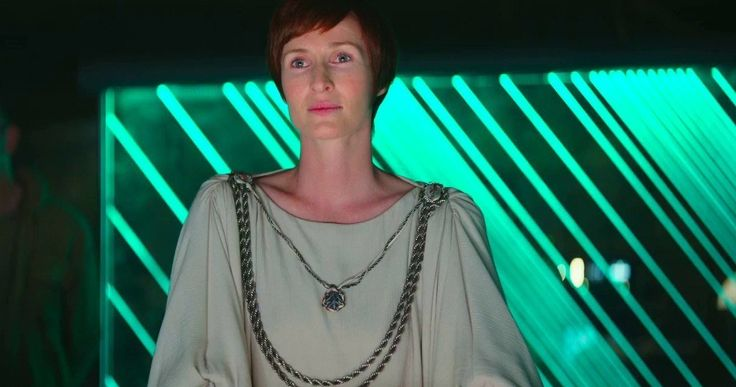 Mon Mothma Returns in 'Star Wars: Rogue One' -- Fans got a nice surprise when iconic 'Star Wars' character Mon Mothma made an appearance in the 'Rogue One' trailer. -- http://movieweb.com/rogue-one-star-wars-story-mon-mothma-photos/