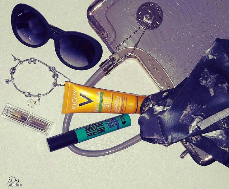 Favoritos ❤ Pulseira Pandora Protetor Solar Vichy Máscara de Cílios Quem Disse Berenice? Bolsa Pierre Cardin Batom MAC Lenço Animale Óculos sem marca