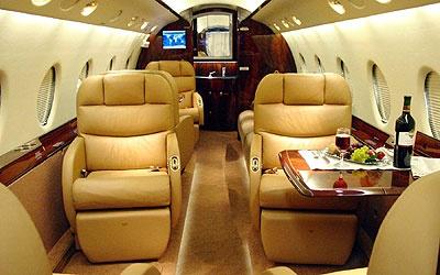 photos of Phoenix Gulfstream jet