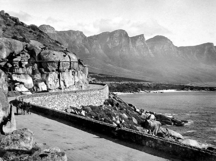 Victoria Road, just before you get to Clifton in 1890. - cometocapetown.com