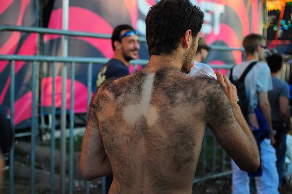 It is what you think it is-Amazing body hair art