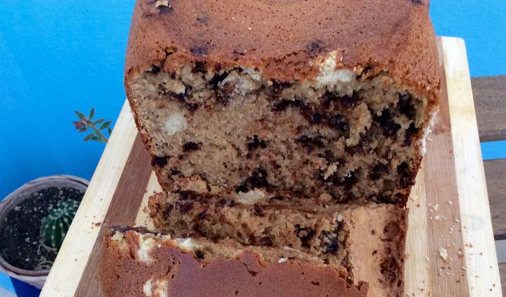 bread with chocolate chips