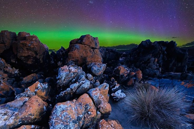 The Aurora Australis (Southern Lights) in Northern Tasmania