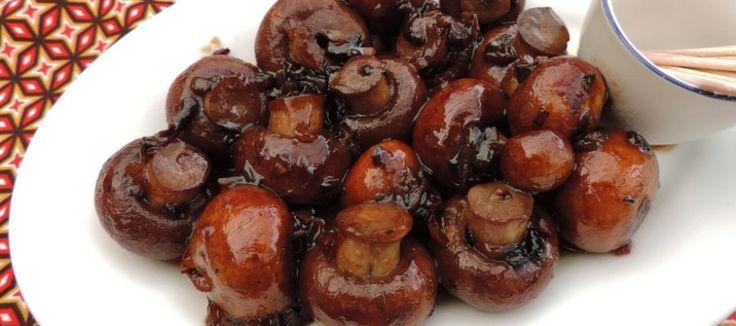 Gemarineerde champignons; De kracht van eenvoud bij de borrel