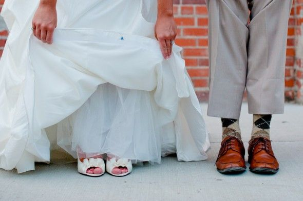 Wedding Shoes!: Industrial Chic Weddings, Hands Made, Decoration Idea, Weddings Shoes, Hand Made, Photo, Hands Sewn, Secret Idea, Favorit Hands